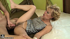 Blond grandma screams as her hairy muff gets fucked balls deep