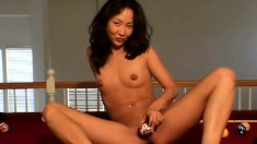 Sexy slender girl Tiffany loves to put her tight pussy on display
