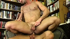 Slender ass-fucker can't stop pushing his condom-clad cock inside
