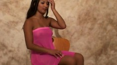 Sunny Lee poses in pink and pulls it up to show her rear end