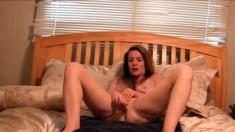 Amateur - Hot Mature Vegies herself on Webcam
