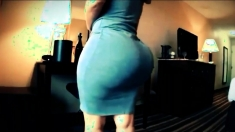Thick Milf In Tight Grey Dress