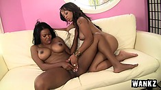 Two gorgeous ebony chicks start sucking each other's cunts poolside