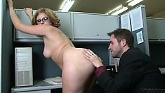 Office workers take a break for some chubby ass floor drilling