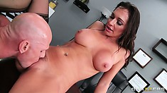 She rides that boner and then she sucks and gets her twat licked