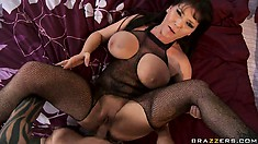 Hot MILF Claire Dames gets her pussy licked after being fucked with hard cock